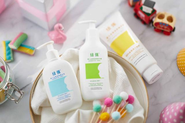 纽强婴童洗护产品图
