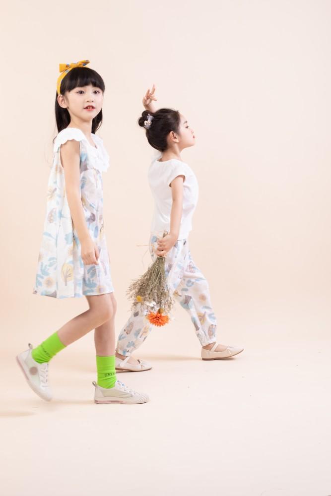 棉绘婴童服装清新甜美休闲时尚夏日出游你就是亮点
